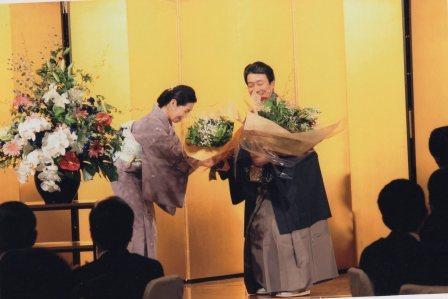 坂東三津五郎先生へ花束の贈呈